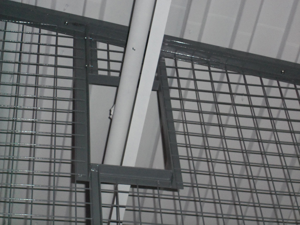 wire storage systems for zoos