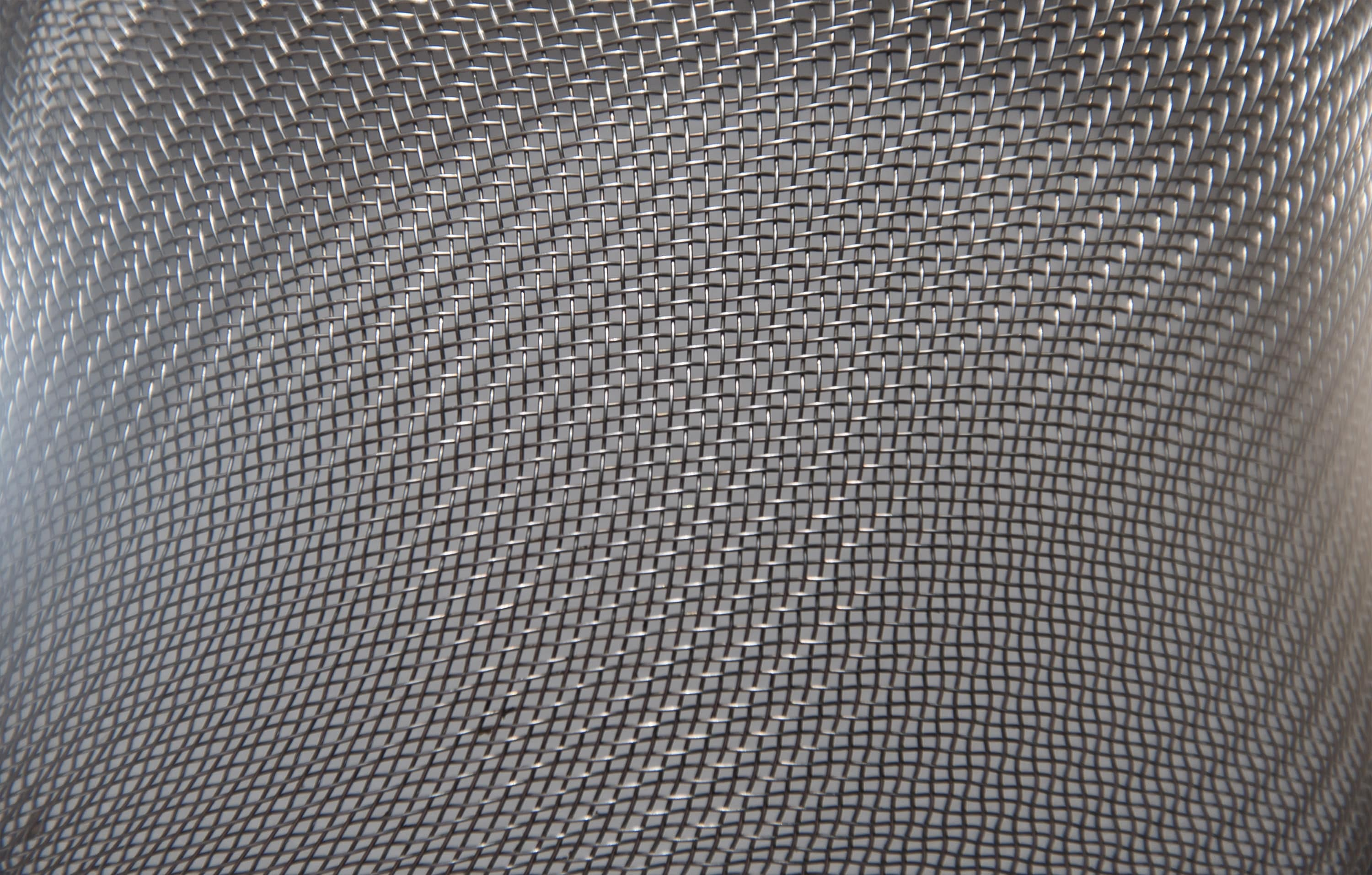 Importance of woven wire mesh for fencing and partitions
